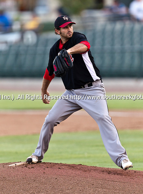 El Paso Diablos Pitcher Scott Hodsdon (44) in action during the American Association of Independant Professional Baseball game between the El Paso Diablos and the Fort Worth Cats at the historic LaGrave Baseball Field in Fort Worth, Tx. El Paso defeats Fort Worth 6 to 1.
