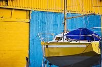 Europe/France/Bretagne/22/Côtes d'Armor/ Paimpol: Hangar d'un chantier naval et voilier