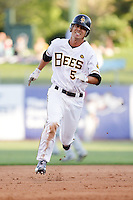 July 8, 2009:  Nate Sutton of the Salt Lake Bees, Pacific Cost League Triple A affiliate of the Los Angeles (Anaheim) Angles, during a game at the Spring Mobile Ballpark in Salt Lake City, UT.  Photo by:  Matthew Sauk/Four Seam Images