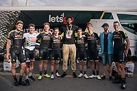 Team Mitchelton-Scott was joined by NBA star Joel Embiid for their last stage into Paris<br /> <br /> Stage 21: Houilles > Paris / Champs-Élysées (115km)<br /> <br /> 105th Tour de France 2018<br /> ©kramon