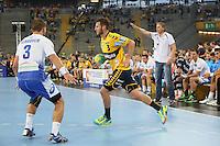 Uwe Gensheimer (Löwen) gegen Stefan Schröder (HSV) - Tag des Handball, Rhein-Neckar Löwen vs. Hamburger SV, Commerzbank Arena