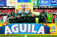 CALI- COLOMBIA - 23 - 07 - 2017:Formación de La Equidad. Acción de juego entre los jugadores del América de Cali y La Equidad  durante partido entre América de Cali  y  La Equidad, de la fecha 4 por la Liga Aguila II 2017 en el estadio Pascual Guerrero de Cali. /   Team of La Equidad.Action game between   players of America de Cali  and the  Equidad , during a match of the date 4nd for the Liga Aguila II 2017 at the Pascual Guerrero Stadium in Cali city. Photo: VizzorImage  / Nelson Rios  / Cont.