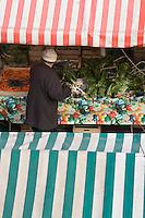 Europe/France/06/Alpes-Maritimes/Nice: Etal de légumes sur le Marché du Cours Saleya