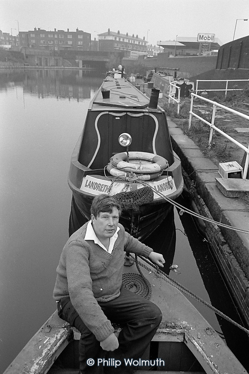 Colin MacDonald, Chair of the Rai;lway Lands Community Development Group, lived on his boat at Goddsway Moorings on the edge of the Kings Cross redevelopment site until the British Waterways Board withdrew residential mooring rights. He moved to temporary accommodation in a nearby pub, itself scheduled for demolition, London 1989.