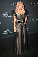 Salma Hayek en photocall avant la soiréee Kering Women In Motion Awards lors du soixante-dixième (70ème) Festival du Film à Cannes, Place de la Castre, Cannes, Sud de la France, dimanche 21 mai 2017. Philippe FARJON / VISUAL Press Agency