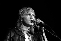 le chanteur francais Renaud en spectacle le 25 octobre 1984 au Spectrum de Montreal, quebec, Canada<br /> <br /> PHOTO D'ARCHIVES : Agence Quebec Presse