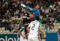 MANIZALES - COLOMBIA, 27-10-2018: Jose Cuadrado (Der) arquero de Once Caldas disputa el balón con Diego Braghieri (Izq) de Atlético Nacional por la fecha 17 de Liga Águila II 2018 jugado en el estadio Palogrande de la ciudad de Manizales. / Jose Cuadrado (R) goalñkeeper of Once Caldas fights for the ball with Diego Braghieri (L) player of Atletico Nacional during match for the date 17 of the Aguila League II 2018 played at Palogrande stadium in Manizales city. Photo: VizzorImage / Santiago Osorio / Cont
