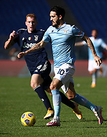 Football, Serie A: S.S. Lazio - Juventus Olympic stadium, Rome, November 8, 2020. <br /> Lazio's Luis Alberto (r) in action with Juventus' Dejan Kulusevski (l) during the Italian Serie A football match between Lazio and Juventus at Olympic stadium in Rome, on November 8, 2020.<br /> UPDATE IMAGES PRESS/Isabella Bonotto