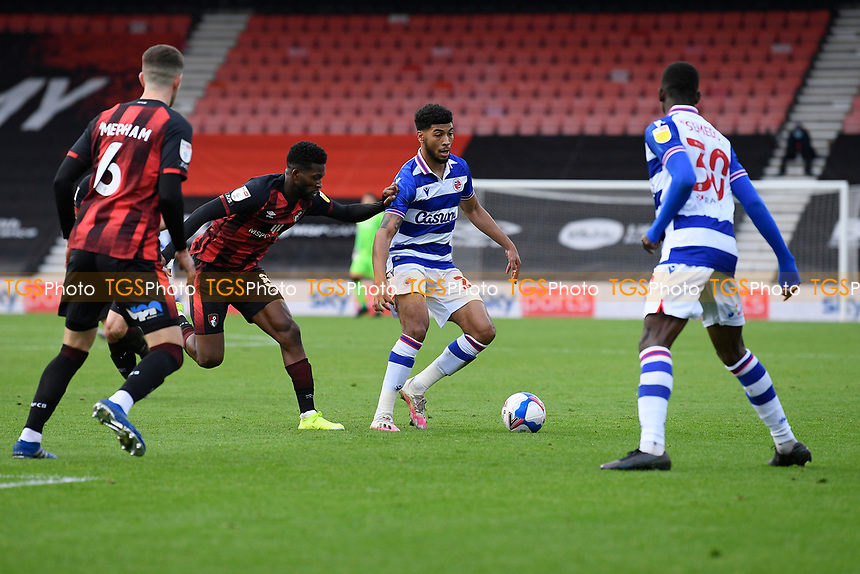 Josh Laurent of Reading centre holds off Jefferson Lerma of AFC Bournemouth during AFC Bournemouth vs Reading, Sky Bet EFL Championship Football at the Vitality Stadium on 21st November 2020