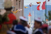 Europe/Provence-Alpes-Côte d'Azur/83/Var/Saint-Tropez: lors des Bravades -Les Bravades sont des processions en l'honneur du Saint Patron de la ville]