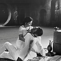 Восход над Гангом (1975)