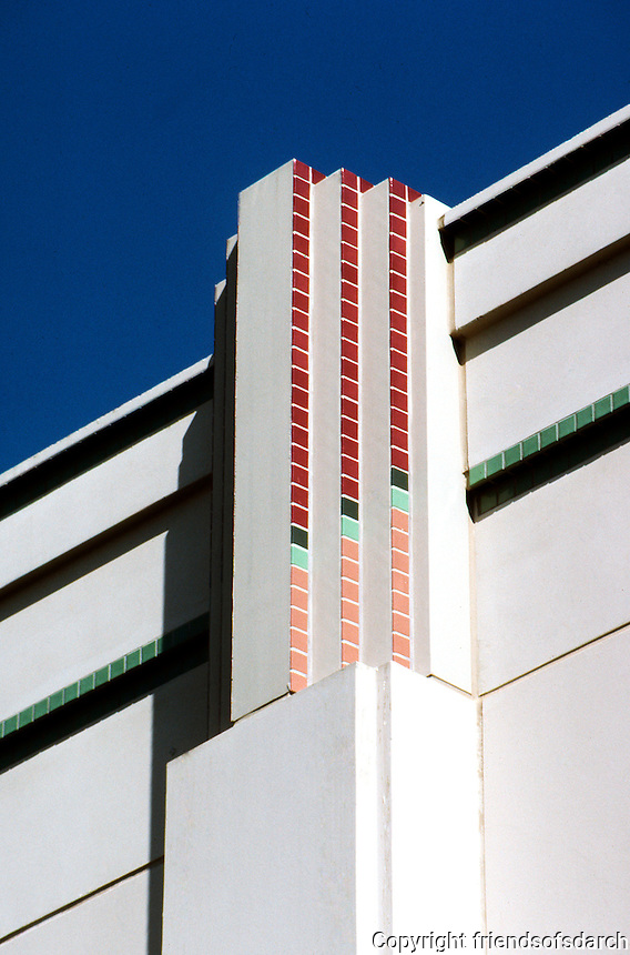 Charles Moore: Beverly Hills City Hall. Detail.  Photo '91.