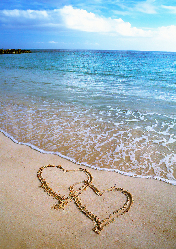 Two hearts in the sand, Caribbean