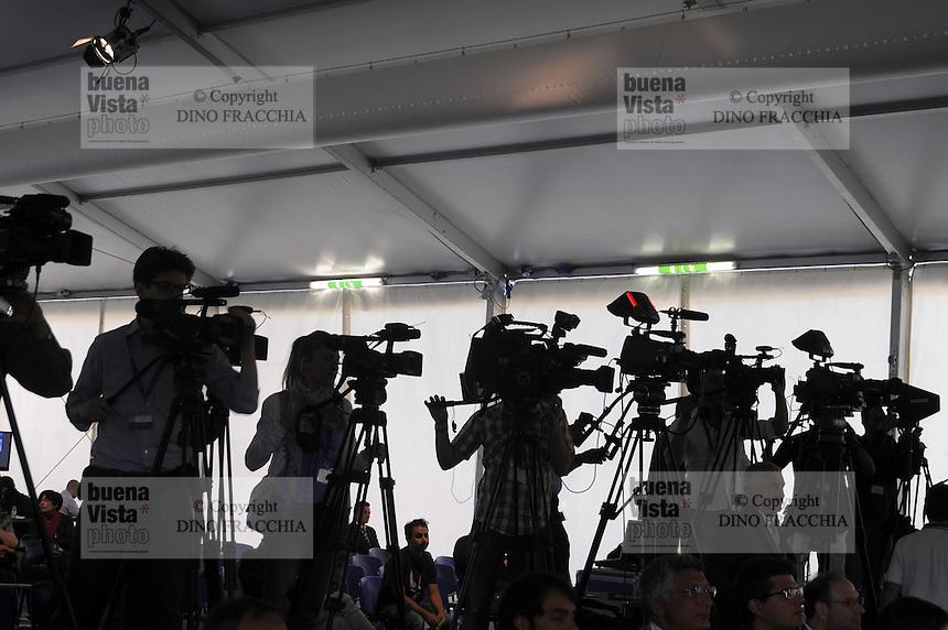 - conferenza stampa<br /> <br /> - press conference