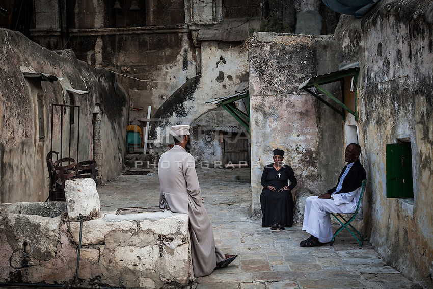 Ethiopian and Coptic Orthodox acquired lesser responsibilities, which include shrines and other structures within and around the building. Times and places of worship for each community are strictly regulated in common areas. Jerusalem