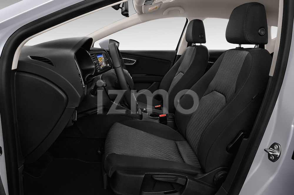 Front seat view of 2015 Seat Leon Style 5 Door Hatchback Front Seat  car photos