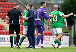 St Johnstone v Hibs……23.08.20   McDiarmid Park  SPFL<br />Saints manager Callum Davidson has words with referee John Beaton after the final whistle.<br />Picture by Graeme Hart.<br />Copyright Perthshire Picture Agency<br />Tel: 01738 623350  Mobile: 07990 594431