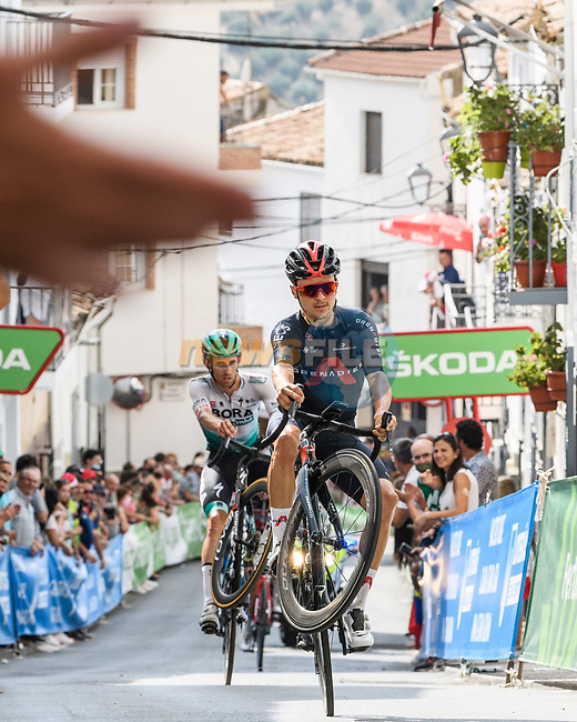 Tom Pidcock (GBR) Ineos Grenadiers entertains the crowd on the final climb during Stage 11 of La Vuelta d'Espana 2021, running 133.6km from Antequera to Valdepeñas de Jaén, Spain. 25th August 2021.     <br /> Picture: Cxcling   Cyclefile<br /> <br /> All photos usage must carry mandatory copyright credit (© Cyclefile   Cxcling)