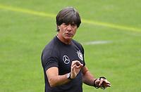 Bundestrainer Joachim Loew (Deutschland Germany) dirigiert die Mannschaft im Training - 24.05.2018: Training der Deutschen Nationalmannschaft zur WM-Vorbereitung in der Sportzone Rungg in Eppan/Südtirol