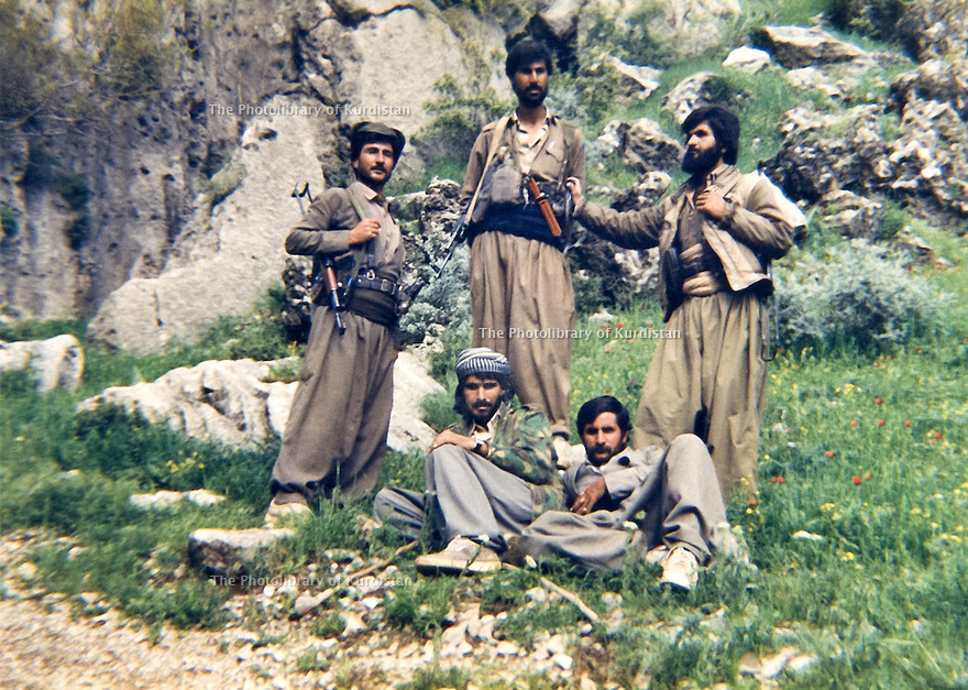 Iraq 1987.A group of Saman Germiani in Qara Dag.Irak 1987.Une unite de Saman Germiani dans le Qara dag