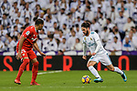 Isco Alarcon of Real Madrid (R) in action against Gabriel Mercado of Sevilla FC (L) during La Liga 2017-18 match between Real Madrid and Sevilla FC at Santiago Bernabeu Stadium on 09 December 2017 in Madrid, Spain. Photo by Diego Souto / Power Sport Images
