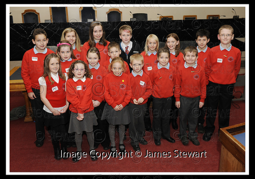 14/12/2009  Copyright  Pic : James Stewart.01_comm_celeb  . :: FALKIRK COUNCIL LITTER STRATEGY CHRISTMAS COMMUNITY CELEBRATION 2009 :: CHILDREN FROM HEAD OF MUIR PRIMARY ENTERTAIN WITH SOME CHRISTMAS CAROLS :: .James Stewart Photography 19 Carronlea Drive, Falkirk. FK2 8DN      Vat Reg No. 607 6932 25.Telephone      : +44 (0)1324 570291 .Mobile              : +44 (0)7721 416997.E-mail  :  jim@jspa.co.uk.If you require further information then contact Jim Stewart on any of the numbers above.........