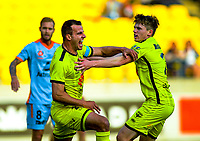 191123 A-League Football - Wellington Phoenix v Brisbane Roar