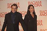 """ALESSIO VINCI E JULIET LINLEY<br /> RED CARPET - PREMIERE """"BACIAMI ANCORA """" DI GABRIELE MUCCINO - AUDITORIUM DELLA CONCILIAZIONE ROMA 2010"""