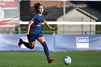 Amber Tysiak (3) of OH Leuven pictured during a female soccer game between SV Zulte - Waregem and Oud Heverlee Leuven on the sixth matchday of the 2021 - 2022 season of Belgian Scooore Womens Super League , saturday 9 of October 2021  in Zulte , Belgium . PHOTO SPORTPIX   DIRK VUYLSTEKE