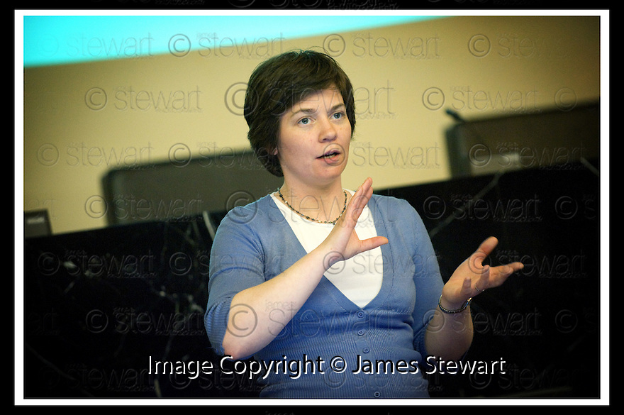 14/03/2008    Copyright Pic: James Stewart.File Name : 04_CSP_Launch.COMMUNITY SUPPORT PACK LAUNCH :: 13TH MARCH 2008.RACHEL KERR, KEEP SCOTLAND BEAUTIFUL, GIVES HER PRESENTATION.....James Stewart Photo Agency 19 Carronlea Drive, Falkirk. FK2 8DN      Vat Reg No. 607 6932 25.Studio      : +44 (0)1324 611191 .Mobile      : +44 (0)7721 416997.E-mail  :  jim@jspa.co.uk.If you require further information then contact Jim Stewart on any of the numbers above........