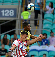 SALVADOR – BRASIL, 23-06-2019:Jefferson Lerma de Colombia disputa el balón con Matias Rojas de Paraguay durante partido de la Copa América Brasil 2019, grupo B, entre Colombia y Paraguay jugado en el Arena Fonte Nova de Salvador, Brasil. /Jefferson Lerma of Colombia vies for the ball with Matias Rojas of Paraguay during the Copa America Brazil 2019 group B match between Colombia and Paraguay played at Fonte Nova Arena in Salvador, Brazil. Photos: VizzorImage / Julian Medina / Cont /