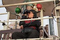 Sea Watch-2.<br /> Die Sea Watch-2 bei ihrer 13. SAR-Mission vor der libyschen Kueste.<br /> Im Bild: Crewmitglieder suchen nach Fluechtlingsbooten.<br /> 20.10.2016, Mediterranean Sea<br /> Copyright: Christian-Ditsch.de<br /> [Inhaltsveraendernde Manipulation des Fotos nur nach ausdruecklicher Genehmigung des Fotografen. Vereinbarungen ueber Abtretung von Persoenlichkeitsrechten/Model Release der abgebildeten Person/Personen liegen nicht vor. NO MODEL RELEASE! Nur fuer Redaktionelle Zwecke. Don't publish without copyright Christian-Ditsch.de, Veroeffentlichung nur mit Fotografennennung, sowie gegen Honorar, MwSt. und Beleg. Konto: I N G - D i B a, IBAN DE58500105175400192269, BIC INGDDEFFXXX, Kontakt: post@christian-ditsch.de<br /> Bei der Bearbeitung der Dateiinformationen darf die Urheberkennzeichnung in den EXIF- und  IPTC-Daten nicht entfernt werden, diese sind in digitalen Medien nach §95c UrhG rechtlich geschuetzt. Der Urhebervermerk wird gemaess §13 UrhG verlangt.]