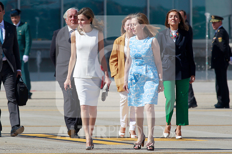 Queen Letizia of Spain (l) and the President of the Congress of Deputies Ana Pastor, during the Farewell with Honors previous to their official visit to the United Kingdom. July 11, 2017. (ALTERPHOTOS/Acero)