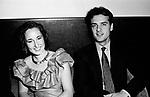 ALBIERA ANTINORI CON IL MARITO<br /> FESTA ENRICO COVERI AL TOULA' <br /> MILANO 1989