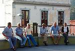 Spain, Canary Islands, La Palma, Tazacorte: locals sitting and talking