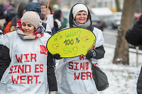 """Warnstreik bei der Arbeiterwohlfahrt """"AWO"""" Berlin am Dienstag den 20. Maerz 2018.<br /> Die Dienstleistungsgewerkschaft ver.di hat die rund 1.800 Beschaeftigten der Berliner AWO zu einem zweitaegigen Warnstreik aufgerufen. Am zweiten Tag des Warnstreiks versammelten sich die AWO-Mitarbeiterinnen und Mitarbeiter vor der Zentrale der Arbeiterwohlfahrt in Berlin um ihrer Forderung nach Anhebung der derzeitigen Entgelttabellen auf 95 Prozent des Niveaus des Tarifvertrages der Laender (TV-L) Nachdruck zu verleihen. Momentan erhalten die Mitarbeiterinnen und Mitarbeiter der Arbeiterwohlfahrt nach Angaben der Gewerkschaft bis zu 475,- Euro weniger.<br /> 20.3.2018, Berlin<br /> Copyright: Christian-Ditsch.de<br /> [Inhaltsveraendernde Manipulation des Fotos nur nach ausdruecklicher Genehmigung des Fotografen. Vereinbarungen ueber Abtretung von Persoenlichkeitsrechten/Model Release der abgebildeten Person/Personen liegen nicht vor. NO MODEL RELEASE! Nur fuer Redaktionelle Zwecke. Don't publish without copyright Christian-Ditsch.de, Veroeffentlichung nur mit Fotografennennung, sowie gegen Honorar, MwSt. und Beleg. Konto: I N G - D i B a, IBAN DE58500105175400192269, BIC INGDDEFFXXX, Kontakt: post@christian-ditsch.de<br /> Bei der Bearbeitung der Dateiinformationen darf die Urheberkennzeichnung in den EXIF- und  IPTC-Daten nicht entfernt werden, diese sind in digitalen Medien nach §95c UrhG rechtlich geschuetzt. Der Urhebervermerk wird gemaess §13 UrhG verlangt.]"""