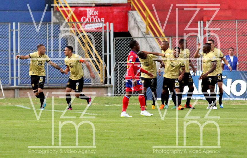PASTO - COLOMBIA, 21-07-2018: Los jugadores de Rionegro Águilas Doradas, celebran el gol anotado a Deportivo Pasto, durante partido entre Deportivo Pasto y Rionegro Águilas Doradas, de la fecha 1 por la Liga Águila II 2018, jugado en el estadio Departamental Libertad de la ciudad de Pasto.  / The players of Rionegro Aguilas Doradas celebrate a goal scored to Deportivo Pasto, during a match between Deportivo Pasto and Rionegro Aguilas Doradas, of the 17th date for the Liga Aguila I 2018 at the Departamental Libertad stadium in Pasto city. Photo: VizzorImage. / Leonardo Castro / Cont.