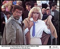Prod DB © DR<br /> REVEILLON CHEZ BOB (REVEILLON CHEZ BOB) de Denys Granier-Deferre 1984 FRA<br /> avec Jean Rochefort et Mireille Darc<br /> ve?tements en lambeaux, homme sale, femme avec une cravate
