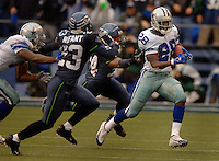 Oct 23, 2005; Seattle, Wash, USA;  Dallas Cowboys running back Tyson Thompson rushes against the Seattle Seahawks in the third quarter at Qwest Field. Mandatory Credit: Photo By Mark J. Rebilas