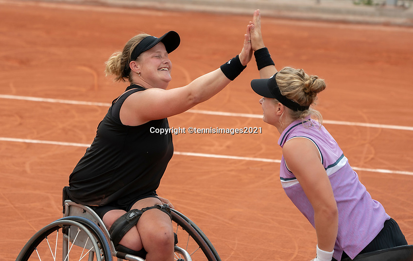 Paris, France, 7 june 2021, Tennis, French Open, Roland Garros,  Womans Wheelchair doubles final:  Dide de Groot (NED) and Aniek van Koot (NED) (L) matchpoint<br /> Photo: tennisimages.com