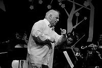 Maestro Daniel Barenboim conducts the Barenboim-Said Orchestras in Ramallah. Photo by Quique Kierszenbaum