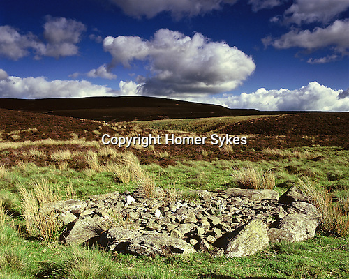 Kerb Cairn, Llyn Brenig, Nr Cerrigydrudion Conway Wales. Celtic Britain published by Orion. A Bronze Age burial platform