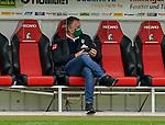 17.10.2020, Schwarzwald Stadion, Freiburg, GER, 1.FBL, SC Freiburg vs SV Werder Bremen<br /> <br /> im Bild / picture shows<br /> Frank Baumann (Geschäftsführer Fußball Werder Bremen) sitzt auf der Bank<br /> <br /> Foto © nordphoto / Bratic<br /> <br /> DFL REGULATIONS PROHIBIT ANY USE OF PHOTOGRAPHS AS IMAGE SEQUENCES AND/OR QUASI-VIDEO.