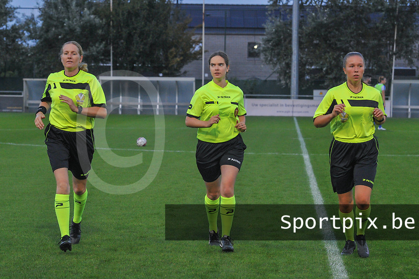 assistant referee Heidi Houtthave , referee Van Meirvenne Imgard and assistant referee Shauni Depruyst pictured during a female soccer game between  AA Gent Ladies and Eendracht Aalst on the second matchday of the 2020 - 2021 season of Belgian Scooore Womens SuperLeague , friday 4 th of september 2020  in Oostakker , Belgium . PHOTO SPORTPIX.BE   SPP   STIJN AUDOOREN