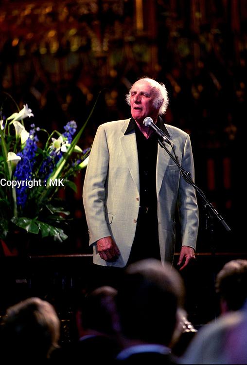 FILE PHOTO - Gilles Vigneault<br />  sing at <br /> Pierre Bourgault<br /> funerals, June 16, 2003 at <br /> Notre Dame<br /> Basilica<br /> <br /> <br /> PHOTO : Agence quebec Presse