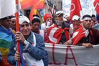 - manifestation for peace, against the war in Iraq and for the rights of immigrates  organized by CGIL labor union....- manifestazione per la pace, contro la guerra in Iraq e per i diritti degli immigrati organizzata dal sindacato CGIL