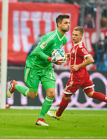Sven ULREICH, FCB 26 goalkeeper. wehrt den Ball ab, faengt, fangen, festhalten,  , Einzel, Freisteller, Re , Faustabwehr, Fausten  <br /> FC BAYERN MUENCHEN - TSG 1899 HOFFENHEIM  5-2<br /> Football 1. Bundesliga , Muenchen,27.01.2018, 20. match day,  2017/2018, <br />  *** Local Caption *** © pixathlon<br /> Contact: +49-40-22 63 02 60 , info@pixathlon.de<br /> Contact: +49-40-22 63 02 60 , info@pixathlon.de