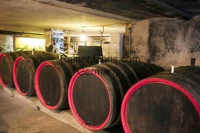 Deutschland, Rheinland-Pfalz, Moseltal, Kroev: Weinkeller des Dreigiebelhauses | Germany, Rhineland-Palatinate, Moselle Valley, Kroev: wine cellar of Dreigiebelhaus (three-gables-house)