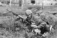 - Polish army, amphibious infantry division of Lebork (May 1991)....- esercito polacco, divisione fanteria anfibia di Lebork (maggio1991)