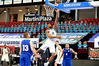 27-02-2021: Basketbal: Donar Groningen v Den Helder Suns: Groningen score van Donar speler Juwann James